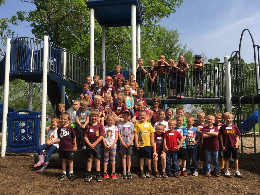 Kindergarten at the park while on their field trip.